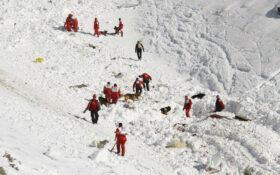 به یاد کوهنوردان جاودانه شده در اشترانکوه