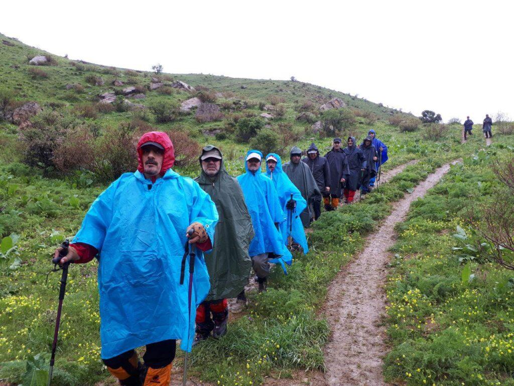 صعود گروه کوهنوردی ساوالان به قله قره داش تکاب